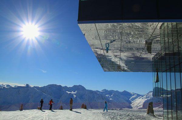 La reflexión solar en la nieve