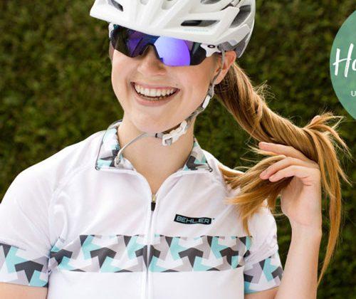 Peinados deportivos para mujeres ciclistas: 5 tipos de peinados para usar bajo tu casco.